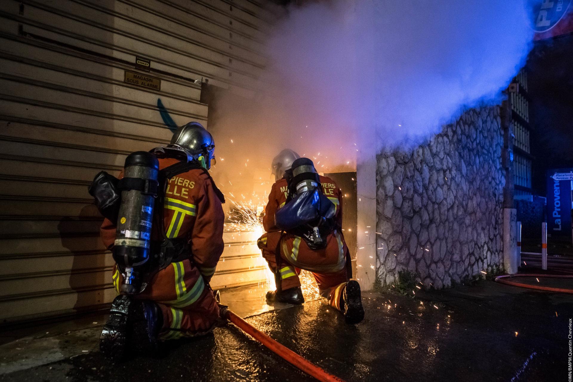 🇫🇷 Marseille (13) : Incendie dans un magasin de cosmétiques