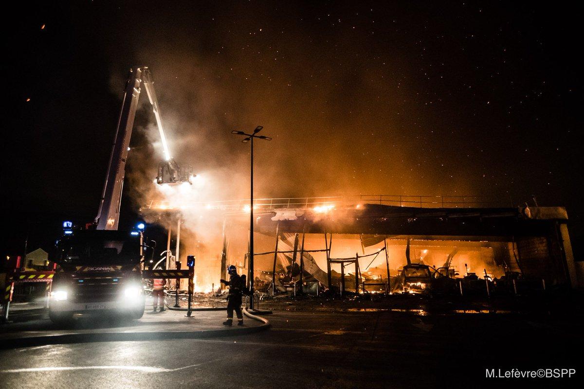 🇫🇷 Pierrefitte-sur-Seine (93) : Incendie volontaire dans un supermarché