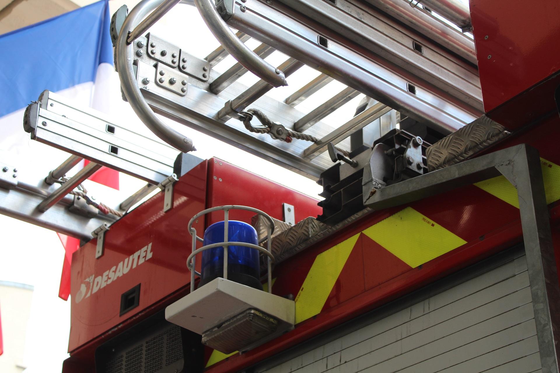 🇫🇷 Saint-Pierre-d'Oléron (17) : 9 personnes légèrement blessées dans l'incendie d'un appartement