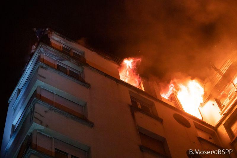 🇫🇷 Paris (75) : 64 sauvetages dans un feu d'immeuble