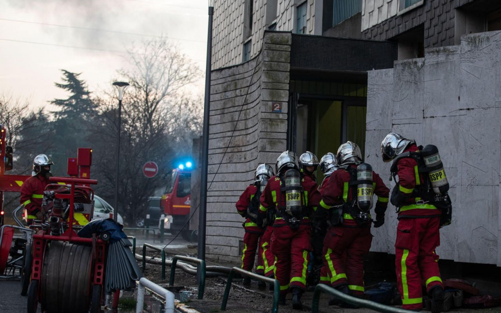 🇫🇷 Aulnay-sous-Bois (93) : Deux sapeurs-pompiers de Paris brûlés dans un violent incendie