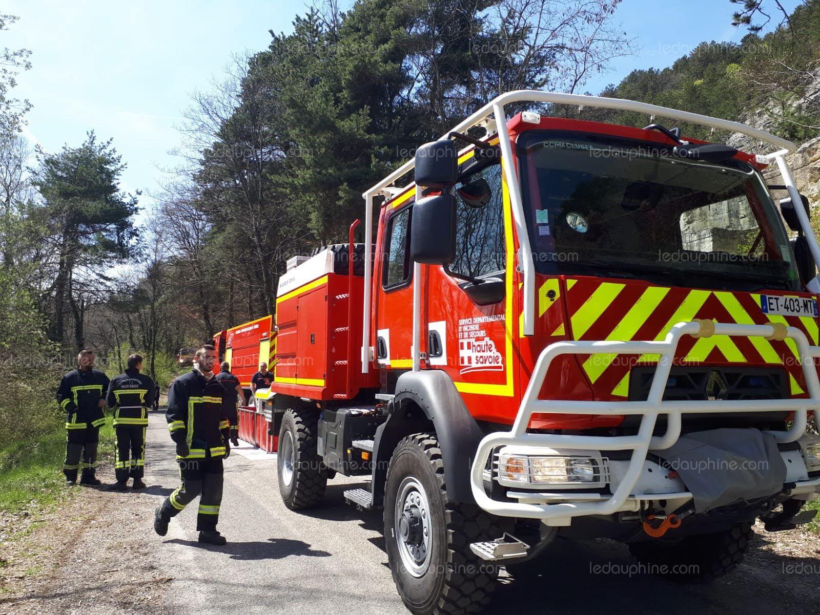 🇨🇵 Monnetier-Mornex (74) : Un feu de forêt ravage 4 hectares de sous bois