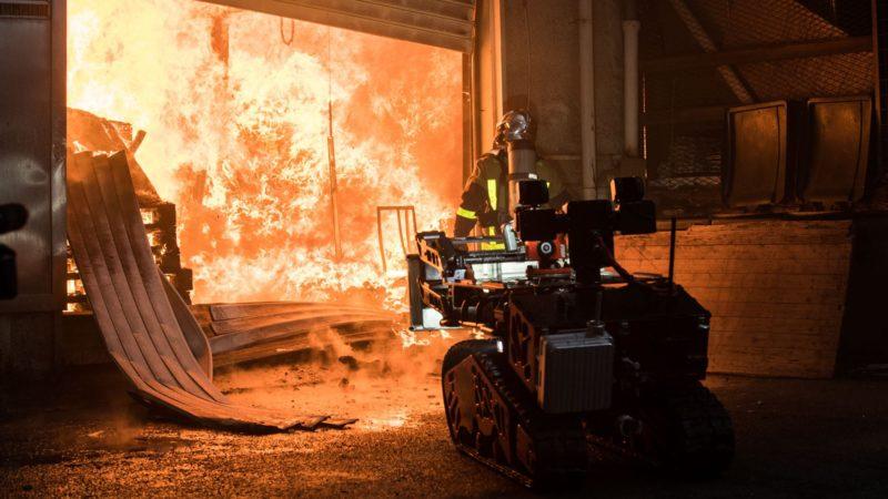 🇫🇷 Aubervilliers (93) : Un incendie ravage trois entrepôts