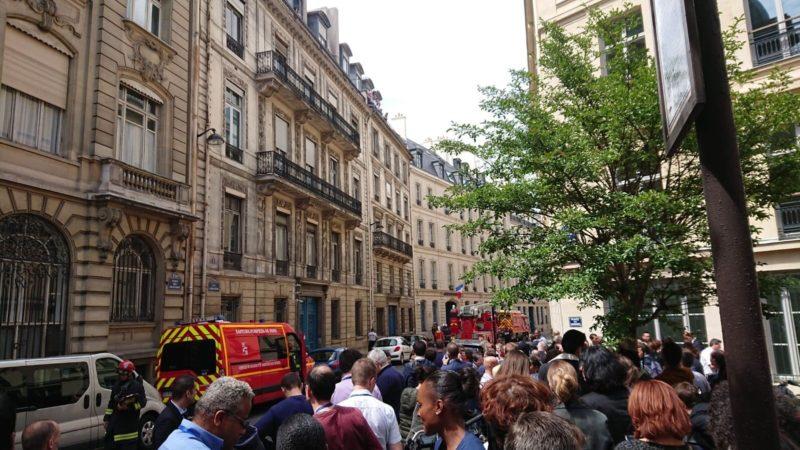 🇫🇷 Paris (75) : L'incendie dans un bâtiment annexe au ministère de l'Intérieur provoque son évacuation