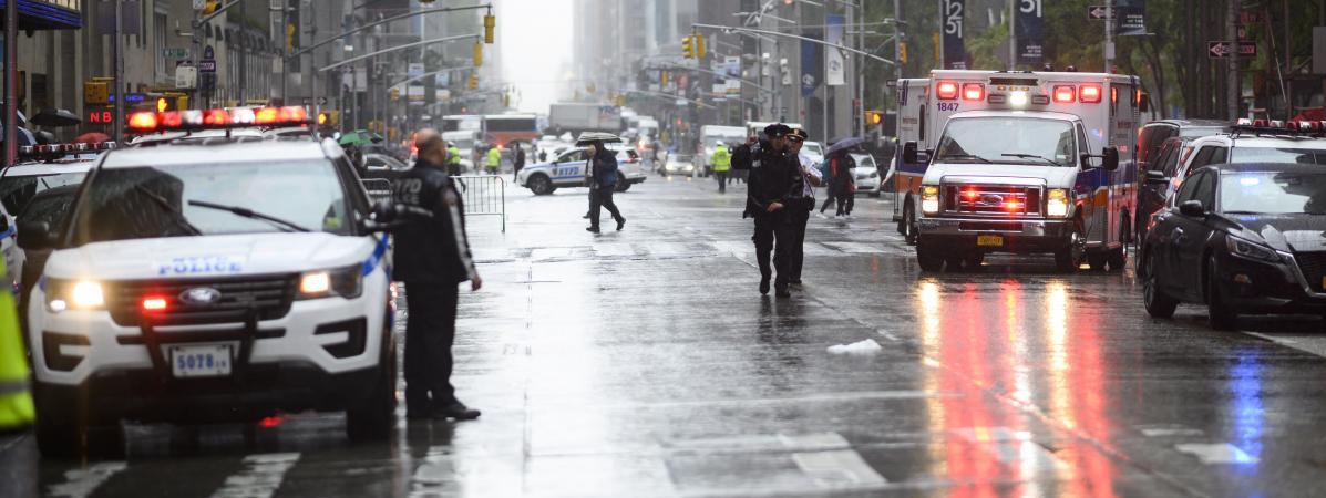 🇺🇸 New York : Un hélicoptère s'écrase sur un gratte-ciel