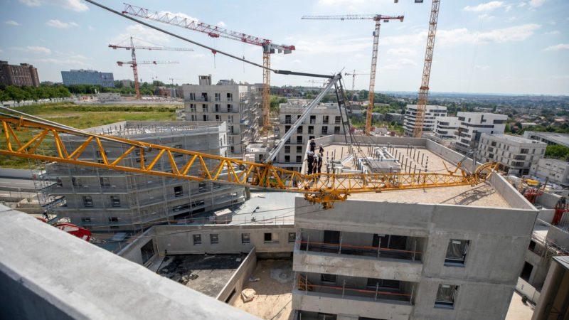 🇫🇷 Noisy-le-Grand (93) : Chute d'une grue de 30 mètres sur deux immeubles