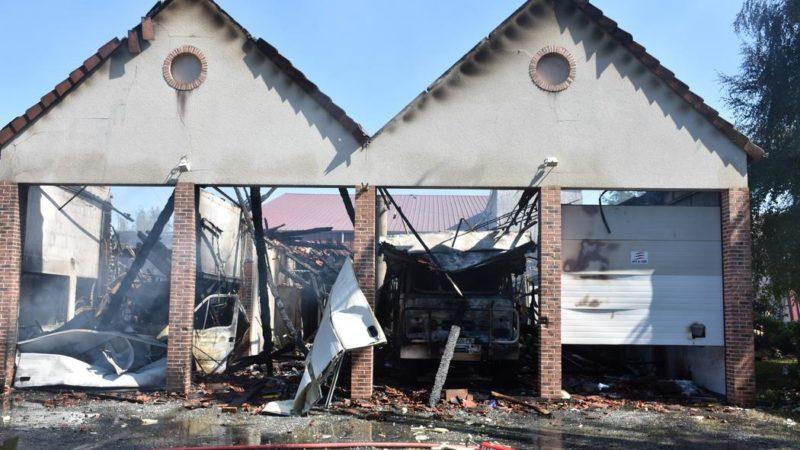 🇫🇷 Foëcy (18) : Le centre de secours ravagé par un incendie