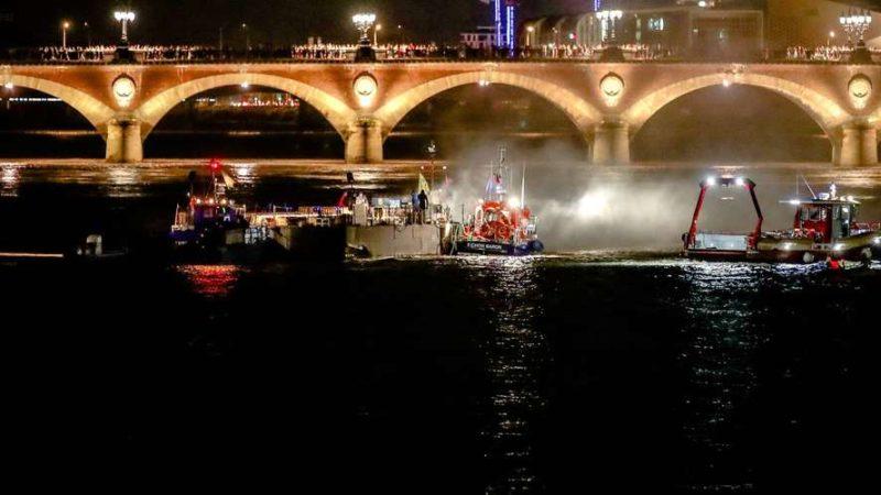 🇫🇷 Bordeaux (33) : Le feu d'artifice du 14-Juillet interrompu à cause d'un incendie